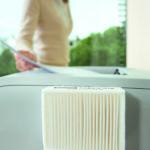 Feinstaubbelastung entgegenwirken: Ein Drucker mit einem angebauten Feinstaubfilter