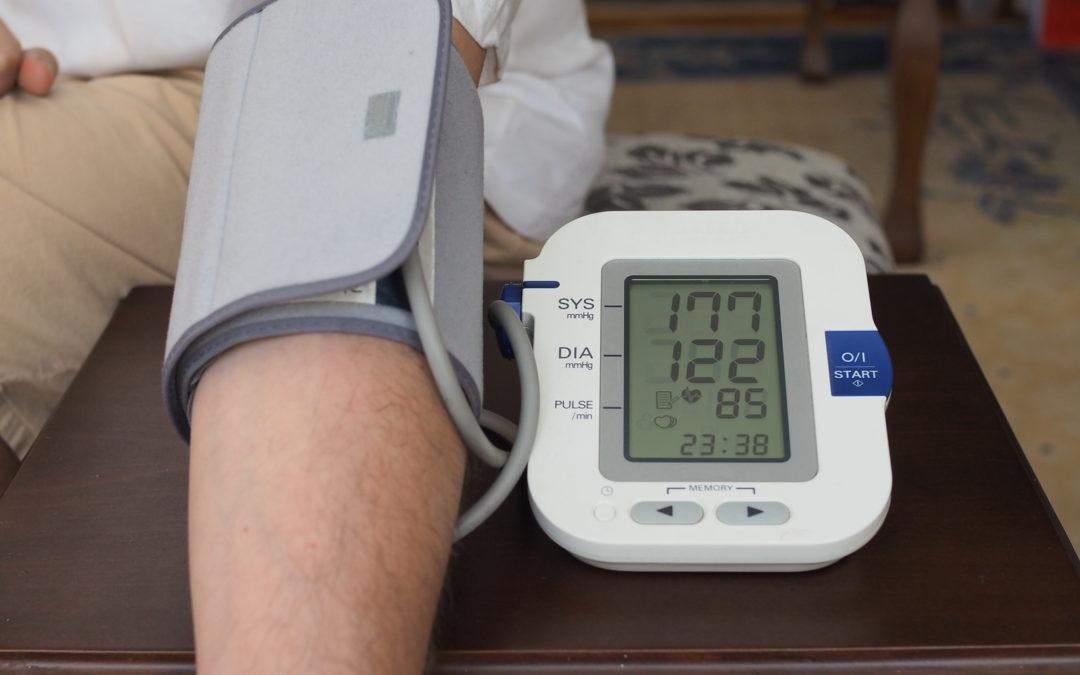 Blutdruckentgleisungen: Wie Hypertonie den Menschen gefährdet