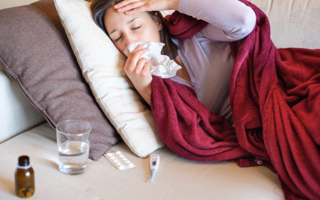 Grippevirus und grippaler Infekt: Der Herbst kommt, die Krankheit auch