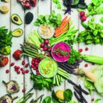 Eine Vielzahl an Obst und Gemüse (Veganes Leben)